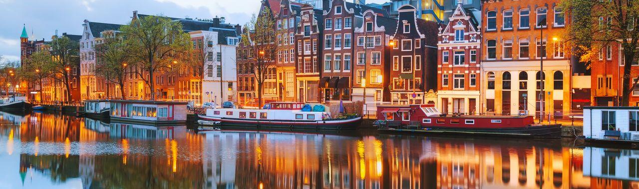 El irresistible encanto de los canales de Ámsterdam - Adagio-city.com