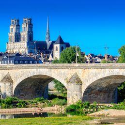 Visiter la Cathédrale Sainte-Croix d'Orléans